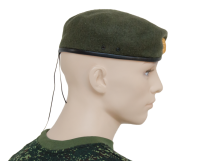 Beret with cockade, olive